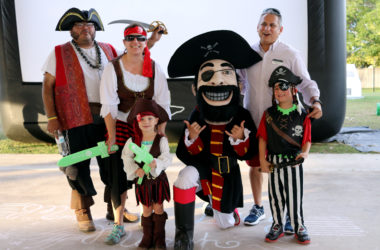 2017 06 Pirate Pool Party 03